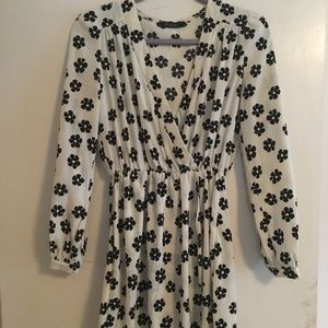 Honey Punch Tunic/Dress, Black and white floral